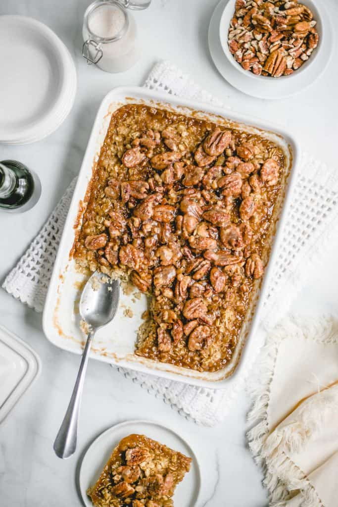 How to make baked oatmeal with pecans